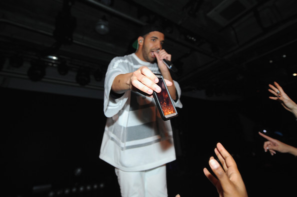 Drake+Time+Warner+Cable+Studios+Revolt+Bring+54cI4UvfEcgl