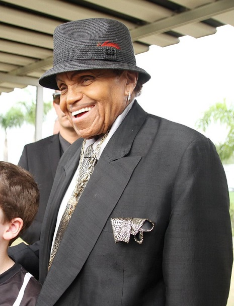 Mandatory Credit: Photo by Broadimage/REX/Shutterstock (4914760l)  Joe Jackson  Joe Jackson visits the CT Corinthians football club, Sao Paulo, Brazil - 24 Jul 2015  Joe Jackson, father of the King of Pop Michael Jackson visits the CT Corinthians, one of the biggest football clubs in São Paulo and is given a shirt with his name engraved